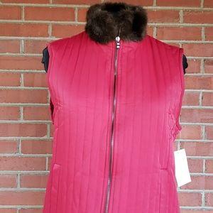 Liz Claiborne Red Vest Faux Fur Collar Medium NWT